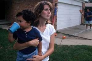 Los padres están preocupados por las perspectivas de futuro de sus hijos. GETTY IMAGES