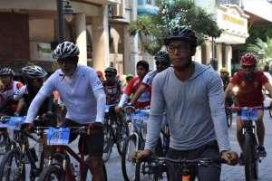 Más de 200 personas recorrieron la primera Cicloruta de la Fe. Foto: @GloriaGallardoZ