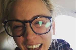 Kaley Cuoco publicó fotos al natural y mira lo que provocó. Foto: IG