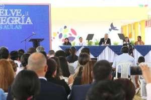 """""""No es momento de obras faraónicas, nunca lo fue"""", expresó Moreno durante acto inaugural de las clases. Foto: Comunicación Ec"""