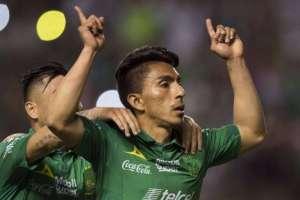 Ángel Mena, goleador ecuatoriano.