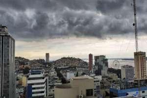 Persisten lluvias en mes de transición al verano en Ecuador. Foto: Referencial - Tomada de Twitter @PierinaValencia