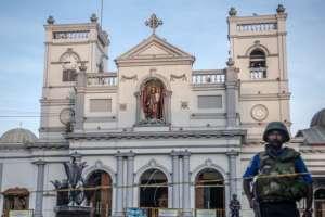 EI reivindicó las explosiones que mataron a 321 personas en Sri Lanka.