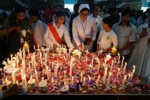 Balance oficial inicial divulgado por la policía fue reducido en 106 fallecidos por atques en Sri Lanka. Foto: AFP