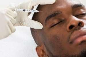Hombres son mucho más vulnerables a caer víctimas de malas prácticas. Foto: Getty Images