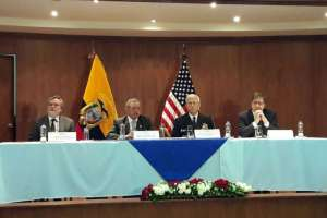 Acuerdo incluye aviones, compra de material bélico y entrenamiento militar. Foto: API