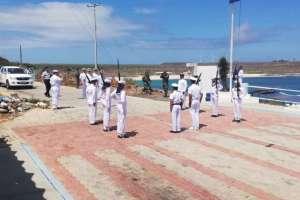 Moreno también dispuso la detención a quienes suministren combustible a la flota pesquera. Foto: Armada