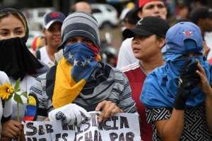 Se trata de los legisladores opositores que apoyaron sublevación militar el martes. Foto: AFP