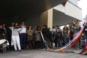 QUITO, Ecuador.- Con música y rituales, autoridades y amigos demuestran su apoyo a Trujillo. Foto: API