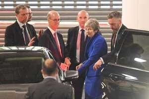 May propone nuevo acuerdo de Brexit con opción de segundo referéndum. Foto: AFP