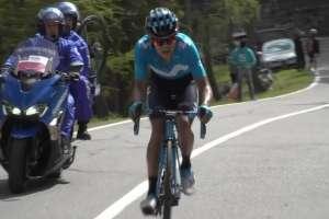 Richard Carapaz en competencia.