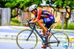 Ecuatoriano busca recursos para viajar a competencia en Suiza. Foto: Facebook
