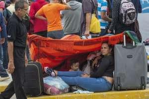 Miles de venezolanos continúan varados en Perú. Foto: AFP