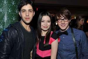 Josh Peck, Miranda Cosgrove y Drake Bell trabajaron en la serie. Foto: AFP