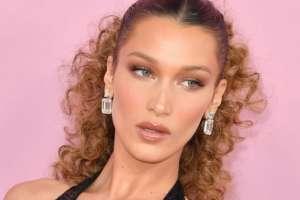 La modelo de 22 años publicó disculpas en inglés y árabe en sus cuentas de redes sociales.