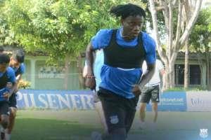 Emelec no confirma todavía el tiempo de recuperación del futbolista.