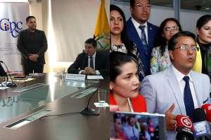 QUITO, Ecuador.- Los consejeros principales y suplentes se reúnen por separado en las mismas instalaciones. Collage: Ecuavisa