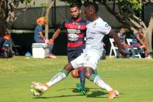 El jugador ecuatoriano fue titular y dio la asistencia para el segundo gol. Foto: Tomada de @ClubSantos