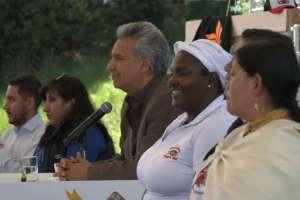 Su discurso fue interrumpido por una mujer, quien gritó consignas en contra del Gobierno. Foto: Captura