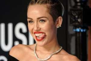 La cantante se refirió a aquel episodio en el que fue captada fumando marihuana. Foto: AP