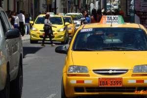 Según el gremio de taxistas, 60 mil trabajadores en Ecuador se verían afectados con estas propuestas.