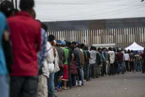 La espera por asilo en EEUU desborda los albergues. Foto: AFP - Archivo