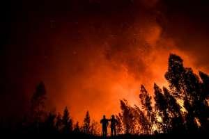Cinco regiones del centro y el sur de Portugal estaban este domingo en alerta. Foto: AFP