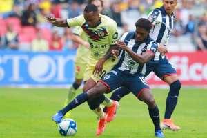 El jugador ecuatoriano fue figura al participar en 3 de los 4 goles. Foto: MARCOS DOMINGUEZ / AFP