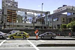 ECUADOR.- Consejero Luis Verdesoto pedirá a la Contraloría que revise el proceso de contratación. Foto: Archivo