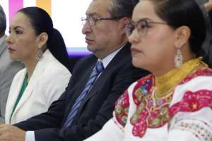 ECUADOR.- Diana Atamaint, José Cabrera y Esthela Acero deberán pagar una multa de $7.880 cada uno. Foto: CNE
