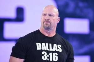 Stone Cold Steve Austin, leyenda de la WWE.