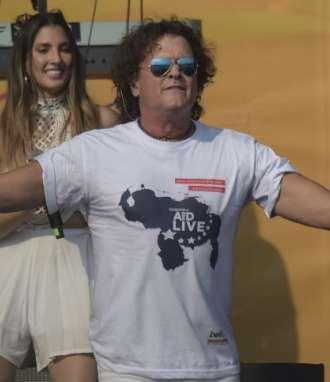 """CÚCUTA, Colombia.- Carlos Vives cantó canciones como """"La tierra del olvido"""" y """"La bicicleta"""". Foto: AFP"""
