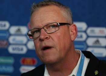 El técnico Janne Andersson recordó que Ibrahimovic renunció a la selección. Foto: Vitaly TIMKIV / AFP