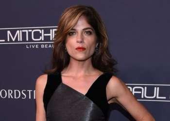 """La actriz indicó que había tenido síntomas durante """"al menos 15 años""""."""