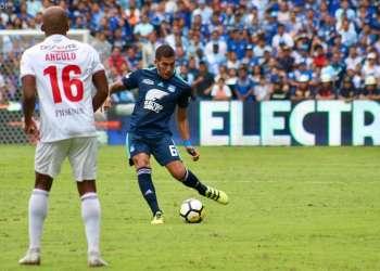 El defensor argentino afirmó que solo sufrió una fatiga muscular. Foto: API