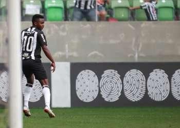 El ecuatoriano inició la jugada del tanto del Mineiro. Foto: Tomada de @juanicazares10