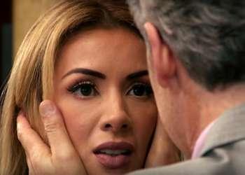 Sharon vuelve con Camilo