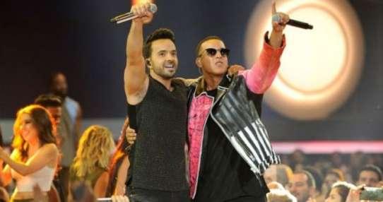 Luis Fonsi y Daddy Yankee tienen al mundo bailando des-pa-ci-to.