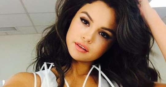 Selena Gomez exhibió la enorme cicatriz que tiene en la pierna. Foto: Instagram