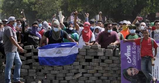 Violenta ola de protestas dejó 24 muertos. Foto: AFP