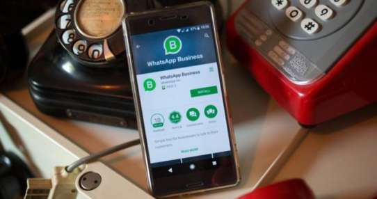 Whatsapp Business es el primer intento de Facebook de hacer dinero a través de la plataforma de mensajería.