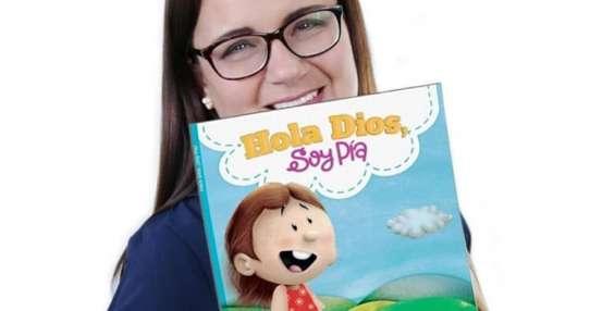 La escritora publicó sus primeros cuentos infantiles. Foto: Franklin Navarro.