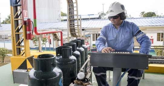 En Petroecuador se descubrió la red más grande de corrupción. Foto: Flickr Presidencia.
