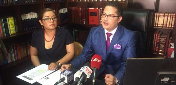 QUITO, Ecuador.- El abogado Luis Valladares defendió el trabajo del perito y denunció supuestas irregularidades en su designación para la transcripción de los audios. Foto: Paúl Romero / Ecuavisa