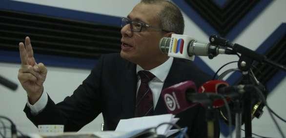QUITO, Ecuador.- El segundo mandatario pidió al bloque legislativo de PAIS que respalde su vinculación al caso Odebrecht, como lo pide la Fiscalía. Foto: API