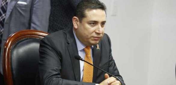 Eduardo Mangas renuncia a la Secretaría General de la Presidencia. Foto: Archivo