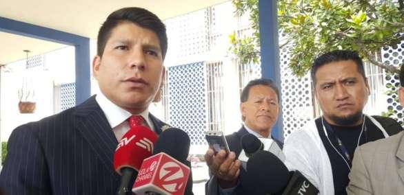 QUITO, Ecuador.- Diego Chimbo, abogado de la procesada en caso Balda, reitera que visita fue irregular. Foto: API