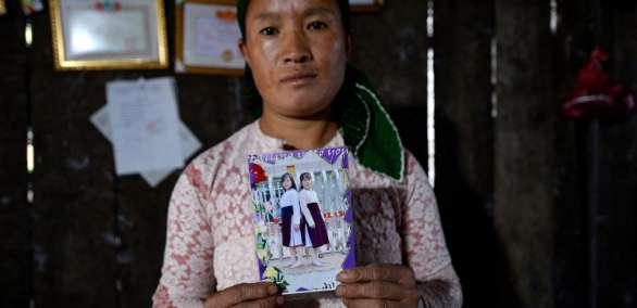 La hija de Dinh, Dua, y su amiga, Di, ambas de 16 años, desaparecieron en febrero, Foto: AFP