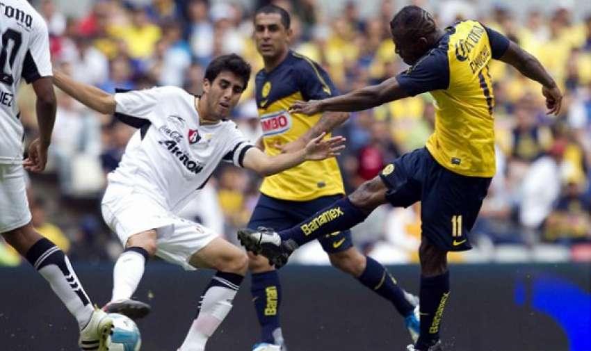 'Chucho' Benítez es el romperedes del fútbol mexicano. Foto: www.foxsportsla.com