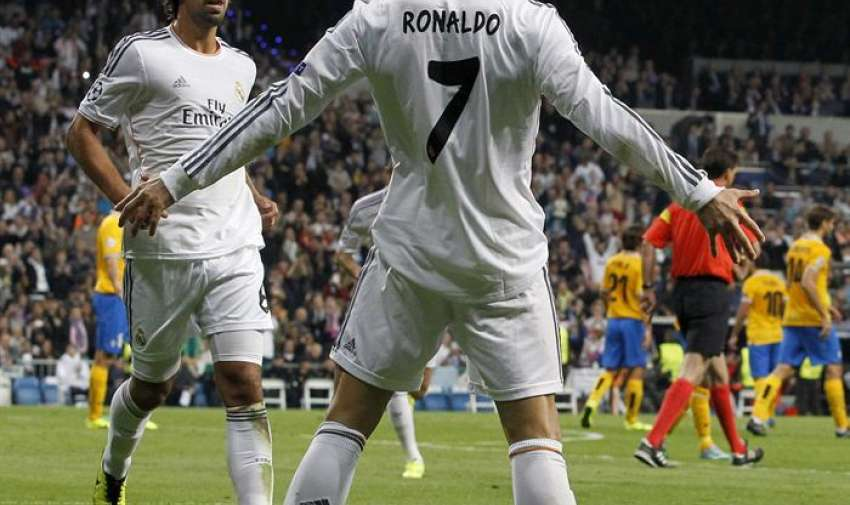 Cristiano Ronaldo festeja uno de sus goles. Foto: EFE
